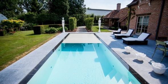 Installer une piscine et comprendre les diff rents types for Piscine miroir reflea