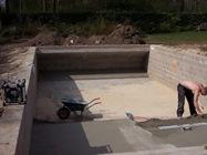 constructie betonnen zwembad