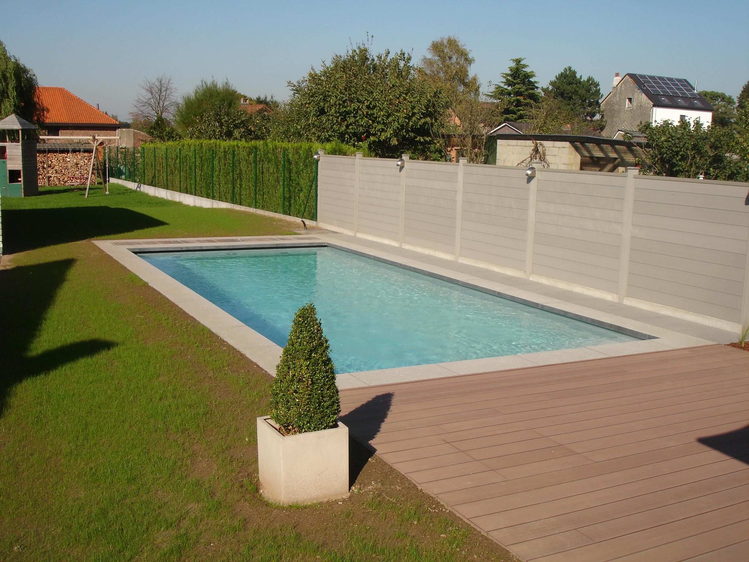 Comment r ussir la construction d 39 une piscine for Parlons piscine