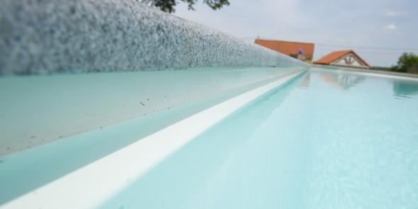 De waterbehandeling van uw zwembad