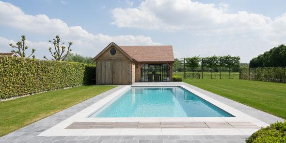 Combien coûte une piscine monocoque?