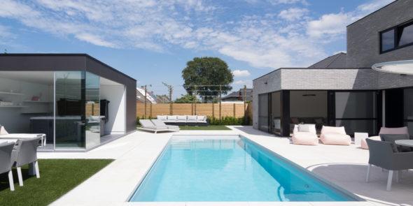 Heb je een bouwvergunning nodig voor een zwembad?
